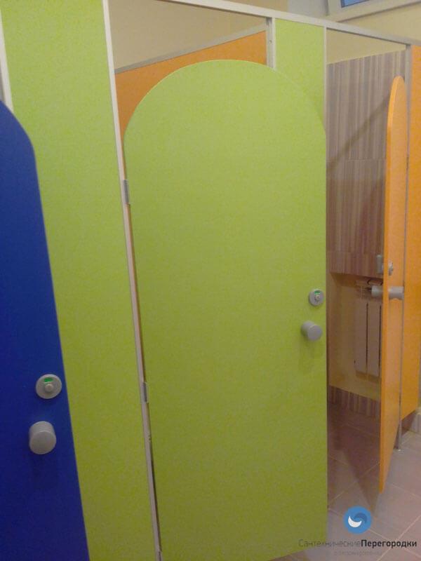 Разноцветные перегородки для детских садов
