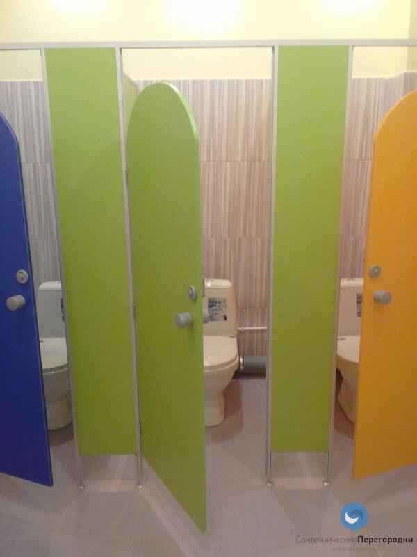 Перегородки для туалета в детском саду │Простоперегородки